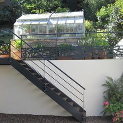 ESCALIERS DE FRANCE - Bernay escalier extérieur