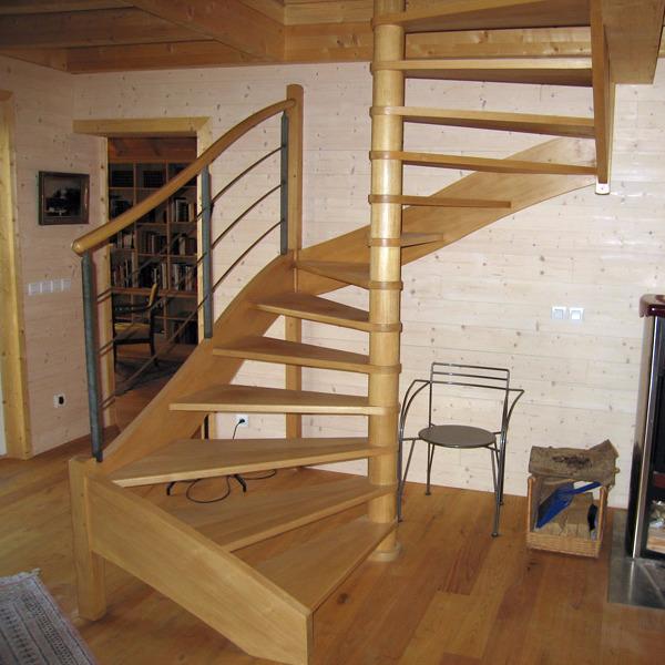 Vous recherchez un fabricant d'escalier en bois sur mesure en Normandie ?