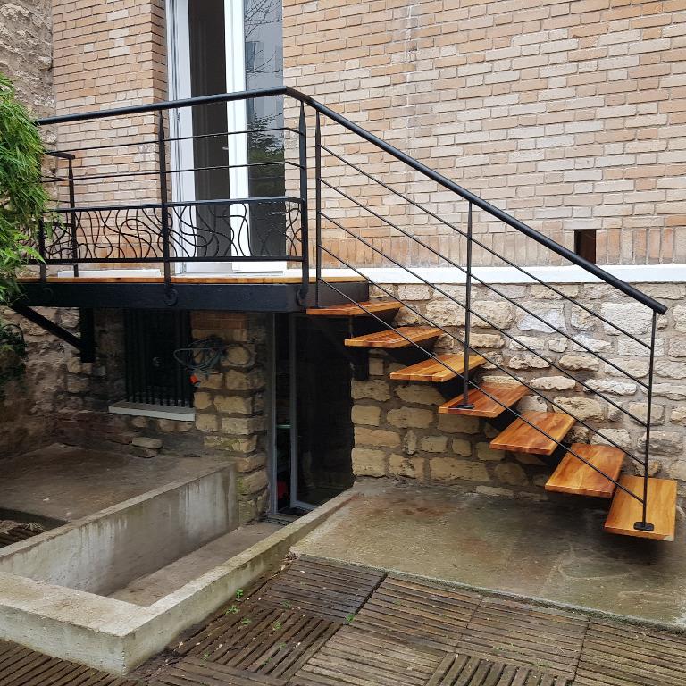 Achetez votre escalier extérieur sur mesure en Normandie
