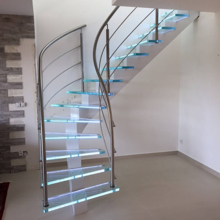Pose d'escalier : faites confiance aux experts de Escalier de France !